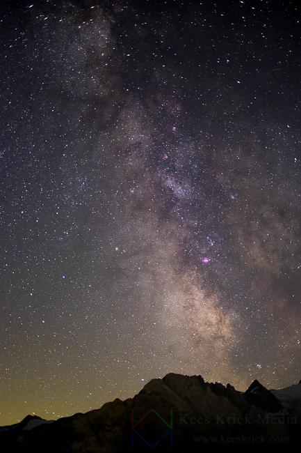 Sterrenhemel melkweg maanlicht door Kees Krick Media