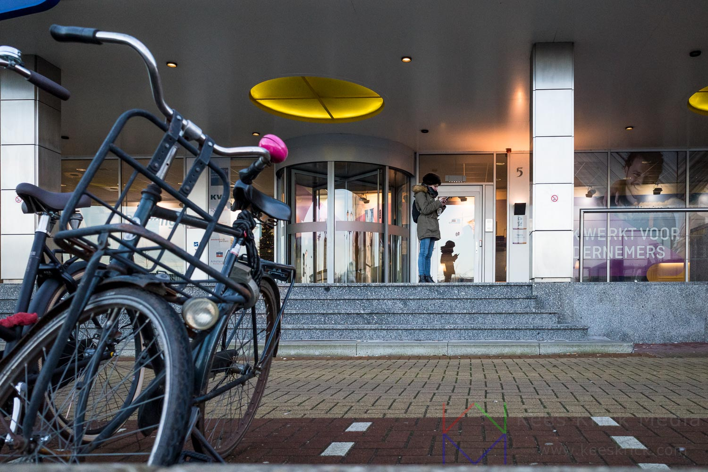 Amsterdam KVK Vrouw Telefoon Smartphone